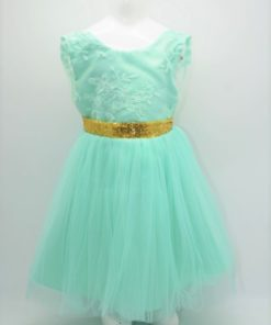 Taufkleid in mint